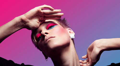 Make-up in Neon-Farben