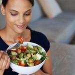 Diese gesunden Snacks lassen dich ohne schlechtes Gewissen knabbern.