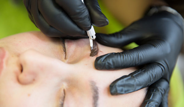 Microblading Augenbrauen