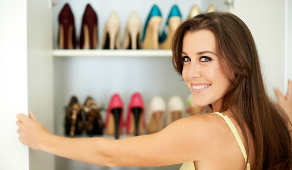Mit diesen zehn Schuh-Basics kannst du deine Styles gekonnt kombinieren.