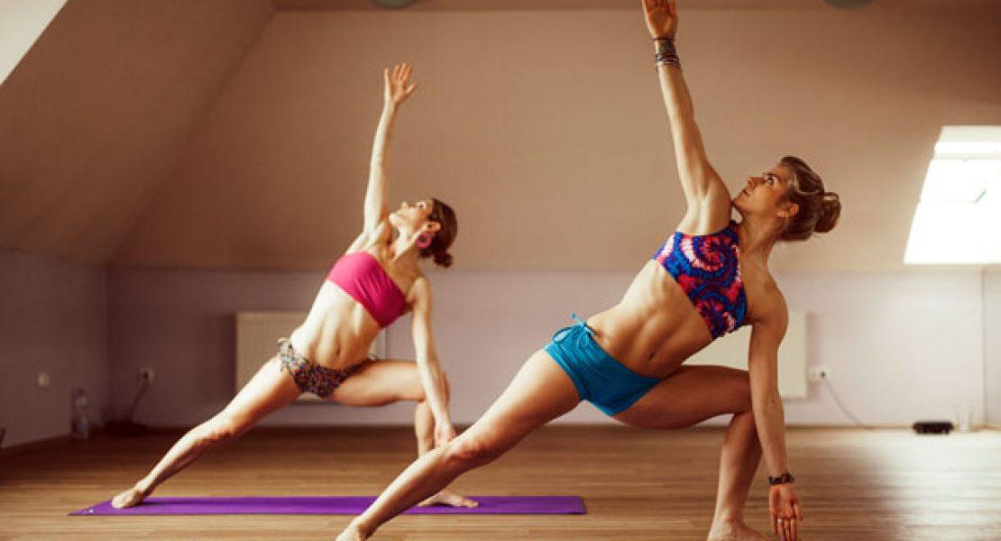 Bikram Yoga - Das heißeste Yoga Workout - AJOURE.de