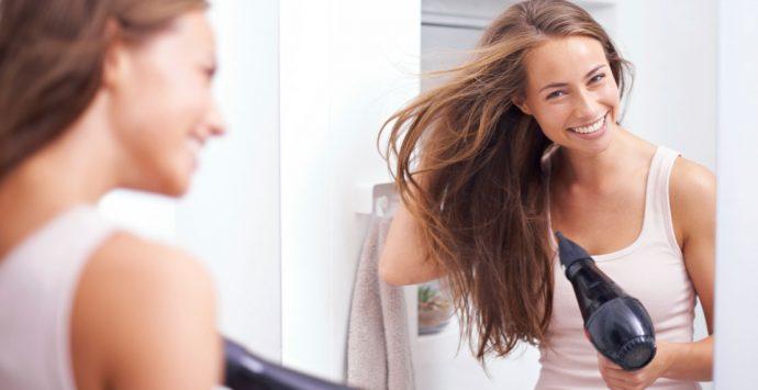 Richtig Haare föhnen – so sieht's aus wie beim Friseur!