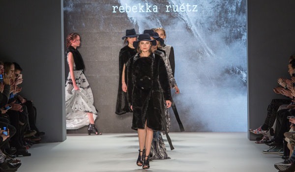 Rebekka Ruétz Herbst Winter 2016/17 Runway Show