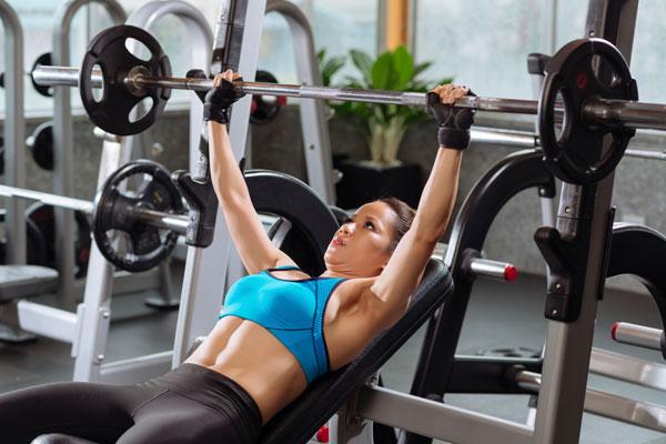 Frauen Gewichte Fitness Mythen