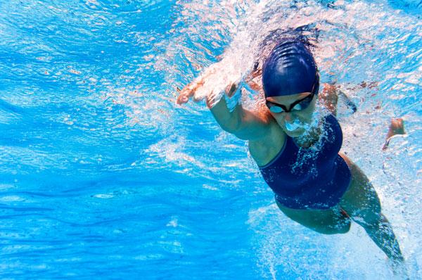 abnehmen durch schwimmen