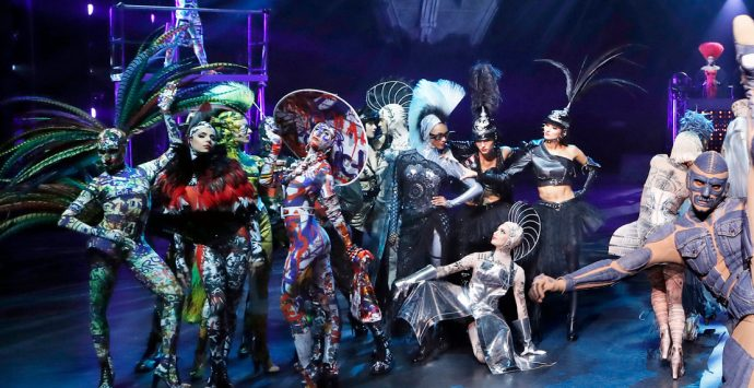 THE ONE Grand Show-Premiere im Friedrichstadt-Palast Berlin