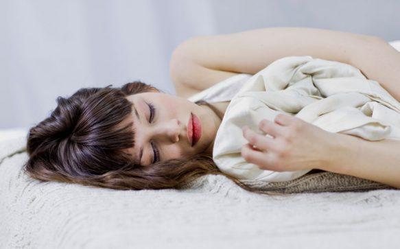 Mit diesem Trick schläfst du innerhalb von Sekunden ein