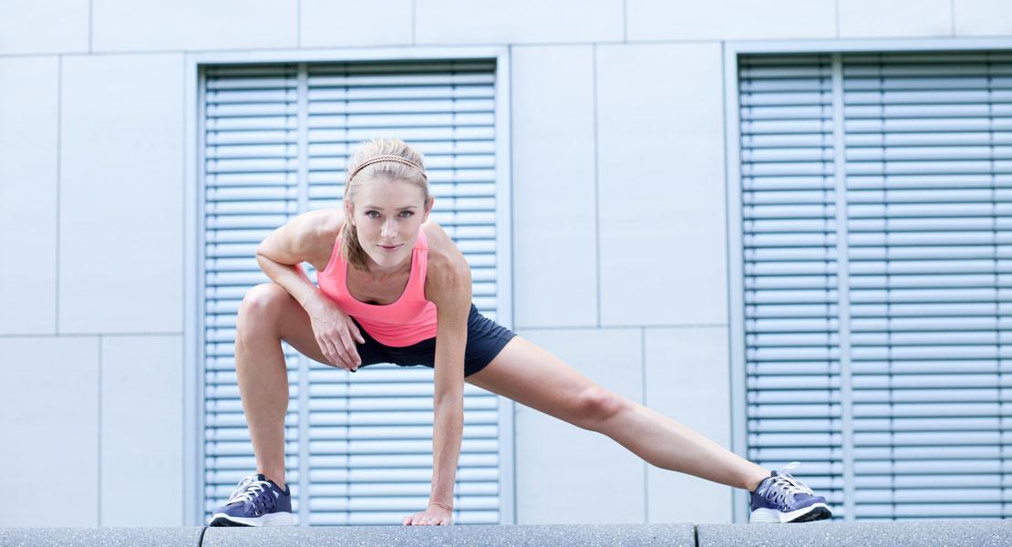 Wie man Beine schlank macht und das Gesäß strafft