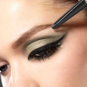Cut Crease Make-up