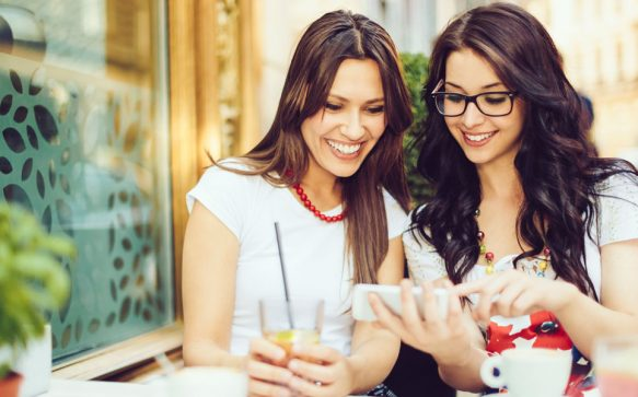 Eier-Alarm! Die schönsten Oster-Apps für dein Smartphone