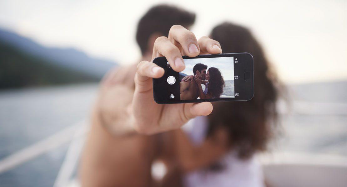 Couple-Selfies: Coole DIY-Ideen für  außergewöhnliche  Pärchen-Fotos