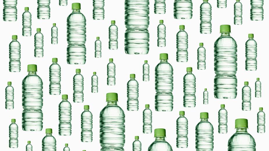 Auf Getränke in Plastikflaschen verzichten