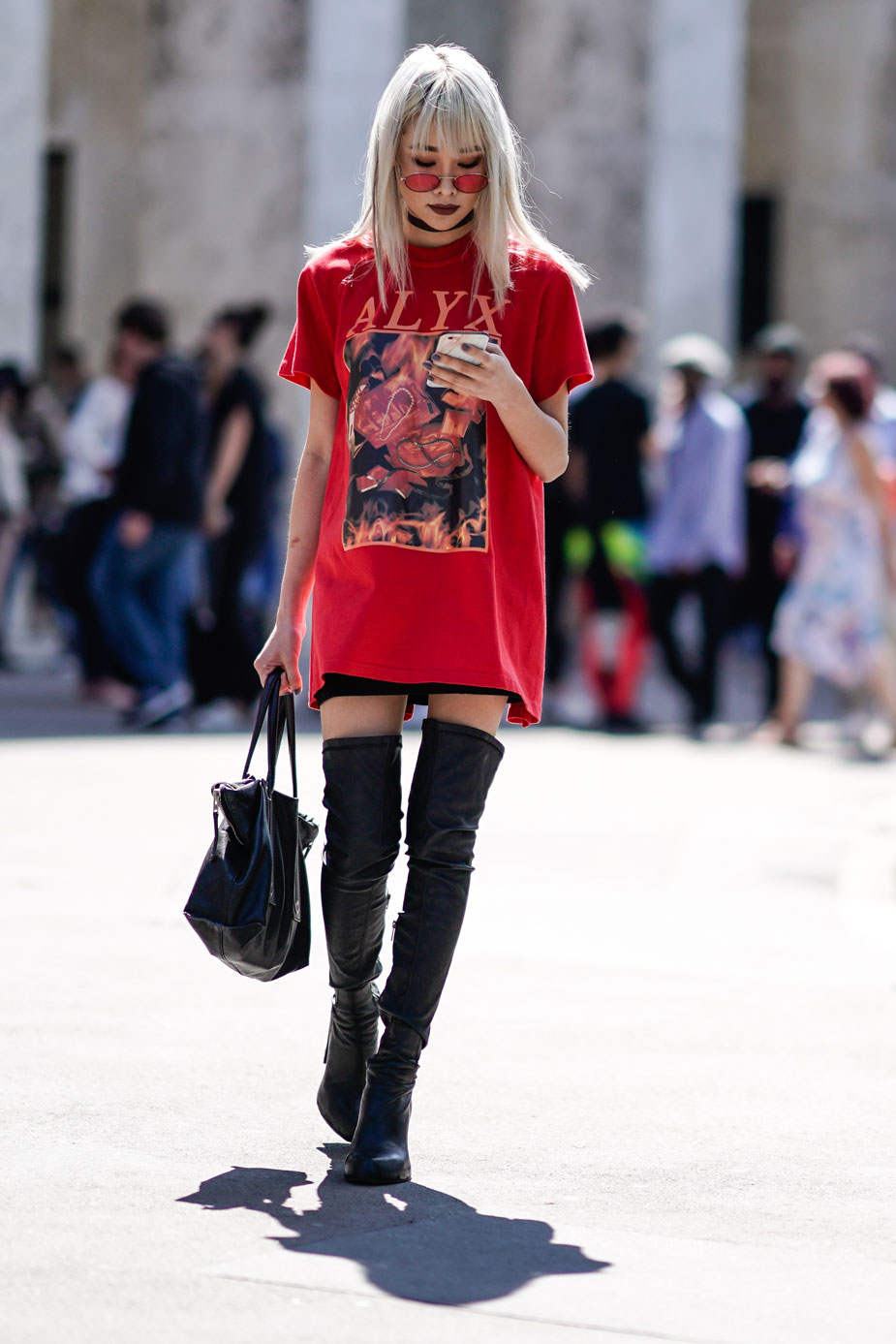 Glam Rock Street Style Look 4
