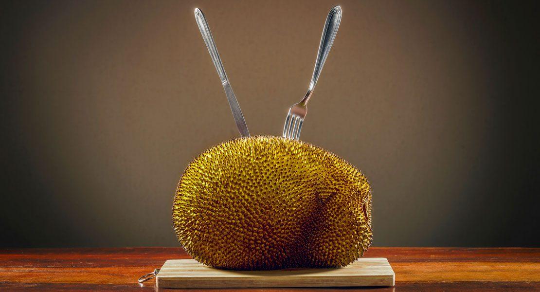 Jackfruit: Alles, was du über den trendigen Fleischersatz wissen musst