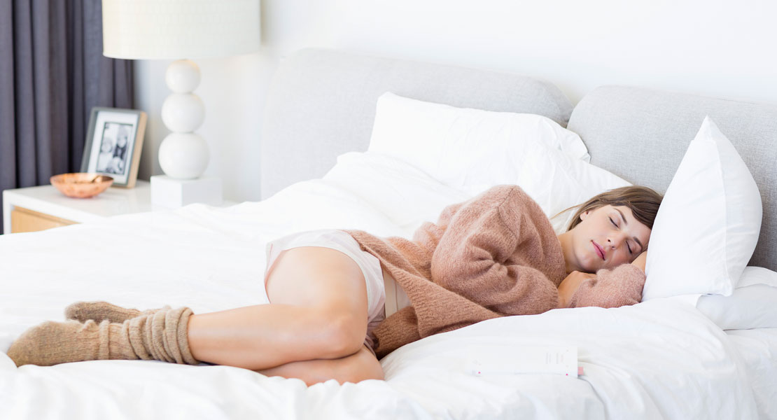 Warum du nachts mit Zwiebeln an den Füßen schlafen