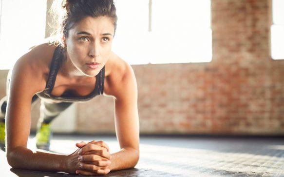 Isometrisches Training: Straffe deinen Körper ohne Bewegung