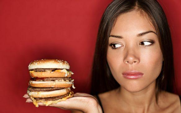 15 Gründe, warum du ständig hungrig bist und was du dagegen tun kannst