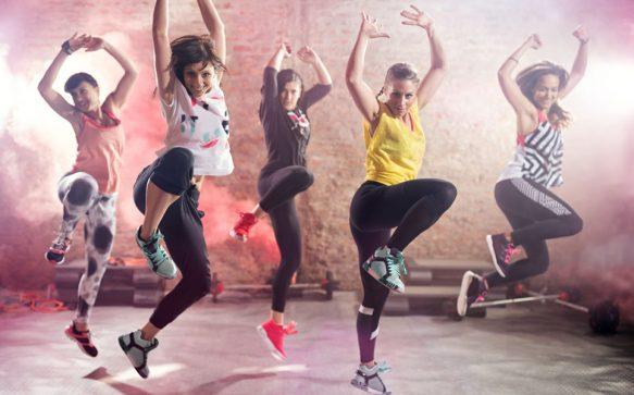 Du stehst auf Dance-Fitness? Dann wirst du den neuen Fitness-Trend 4STREATZ® lieben!