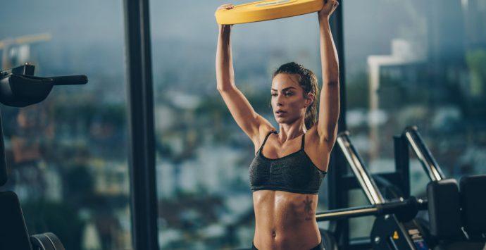 Muskelaufbau für Frauen – Durch Krafttraining straff und sexy