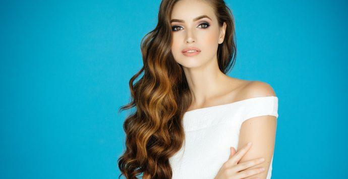 Was tun gegen Frizz? 8 Tipps für glattere Haare