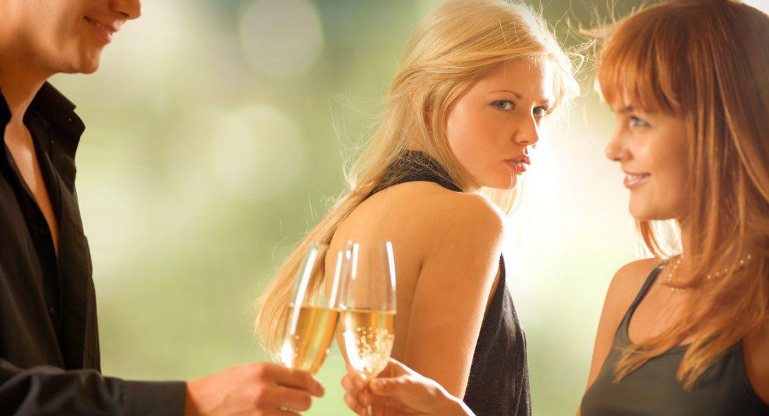 Dein Exfreund hat eine neue Beziehung? So gehst du damit um!