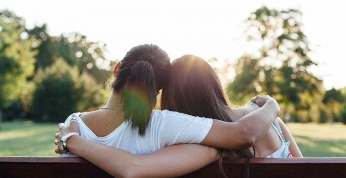 Oxytocin:  Warum das Kuschelhormon für uns so wichtig ist