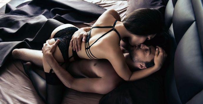 Beißen, kratzen, kneifen: Der erotische  Knabberspaß im Bett