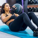 Übungen mit dem Medizinball