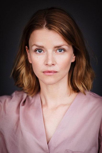 Caroline Schuch