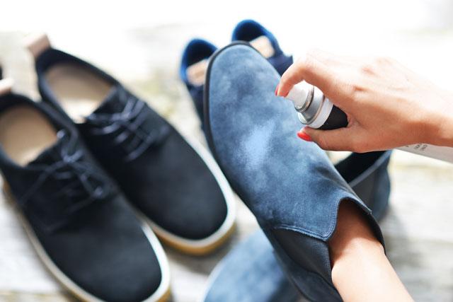 Schuhe Dehnungsspray