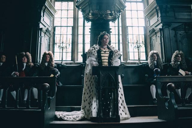 Olivia Colman als Anne Stuart
