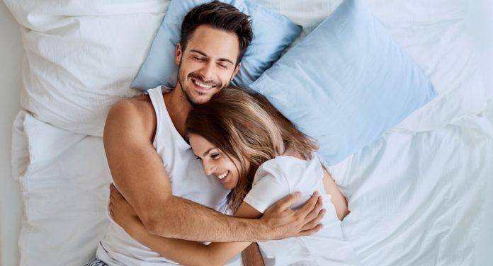 Was glückliche Paare vor dem Einschlafen tun
