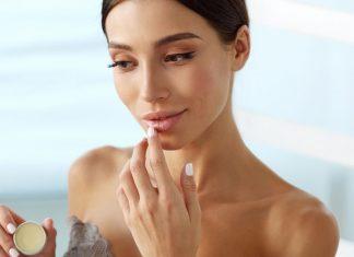 Rötungen und Risse: Was tun gegen trockene Lippen?