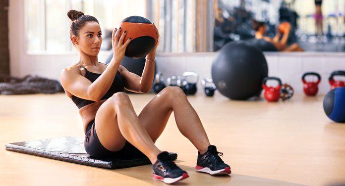 Die größten Fehler beim Bauchmuskeltraining