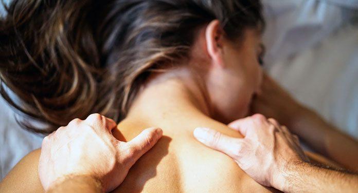 Eine erotische massage was ist ᐅ Erotikmassage: