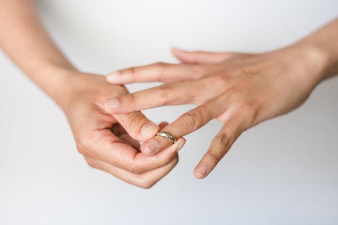 Nagellack für Ringe