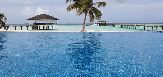 Robinson Club Noonu Pool