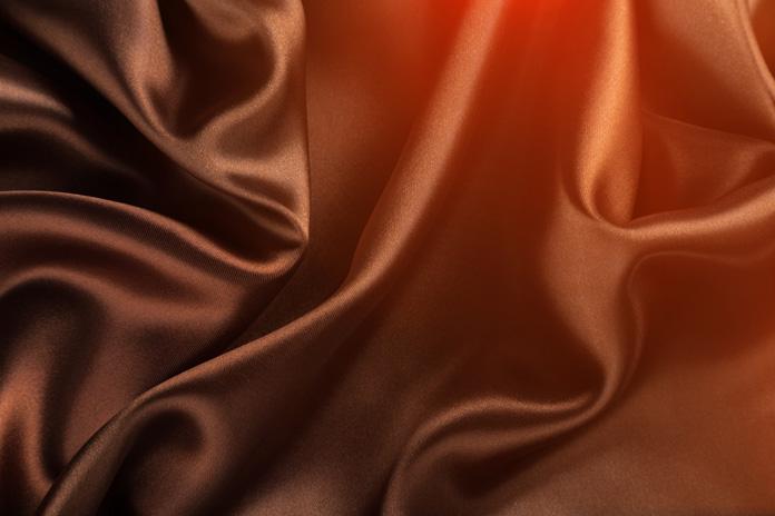 Kleidung und Textilien aus Erdöl