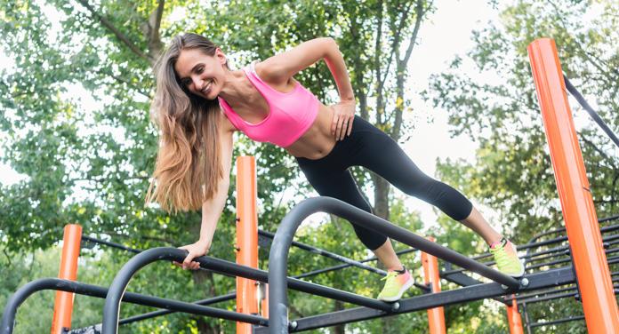 Calisthenics: Die besten Übungen für dein Workout im Freien
