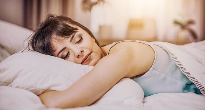 19 effektivste Schlaftipps – so schläfst du nachts besser