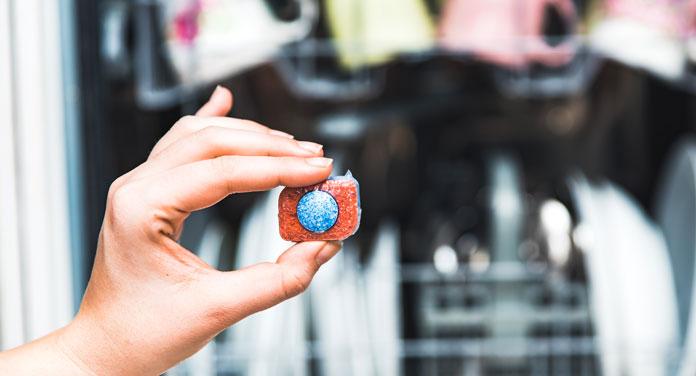 Geniale Tricks mit Spülmaschinentabs