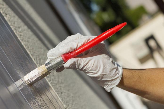 Haus-Fassade streichen