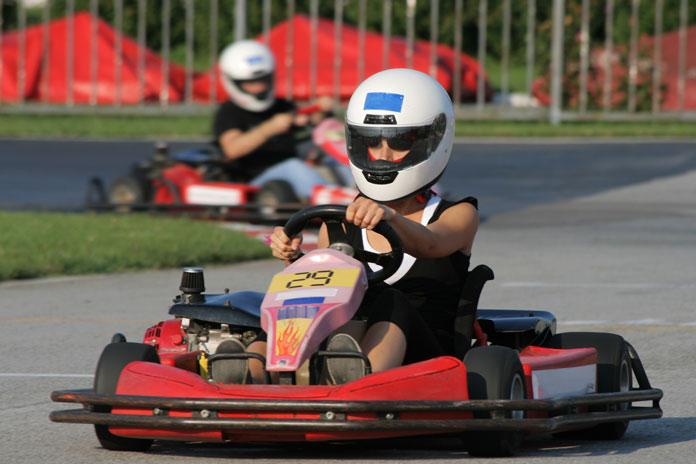 Aktivitäten Kart fahren Paar