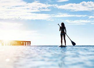 Stand Up Paddling: Warum jetzt alle beim SUP im Stehen paddeln