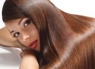 Keratin Glättung: So funktioniert die Behandlung für glattes, glänzendes Haar