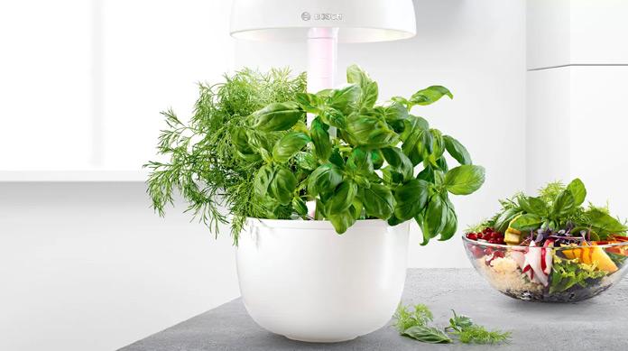 Smart Indoor Gardening SmartGrow 3