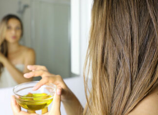 Olivenöl für die Haare: So funktioniert die natürliche Haarpflege