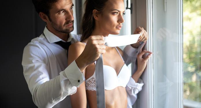 Rollenspiele: Prickelnde Ideen, die euer Sexleben in Schwung bringen