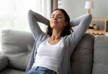 Was hilft gegen Schluckauf? Diese Tipps schaffen schnelle Abhilfe