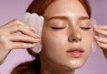 Gua Sha Steine richtig anwenden: Massage, Wirkung und Pflege des Beauty-Tools